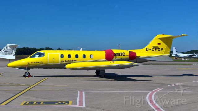 Learjet 35 (D-CEXP)