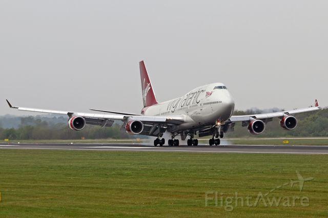 Boeing 747-400 (G-VBIG) - VS86 arriving from Las Vegas