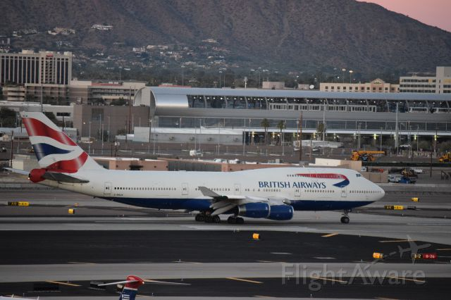 Boeing 747-200 (G-BNLW) - taxing of of RWY 08 to its gate at Phoenix Sky Harbor(1.24.2015)