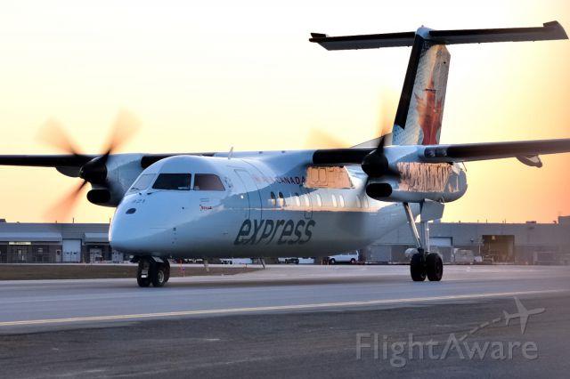 de Havilland Dash 8-100 (C-FGRC)