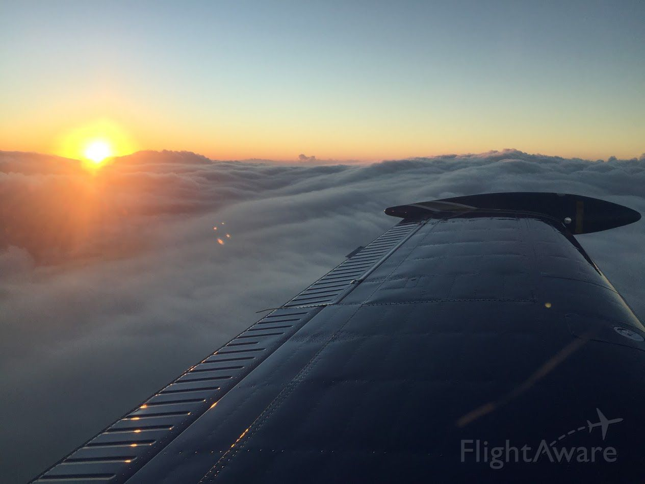 Beechcraft 35 Bonanza (PR-ODT) - Sundown heading SBDN