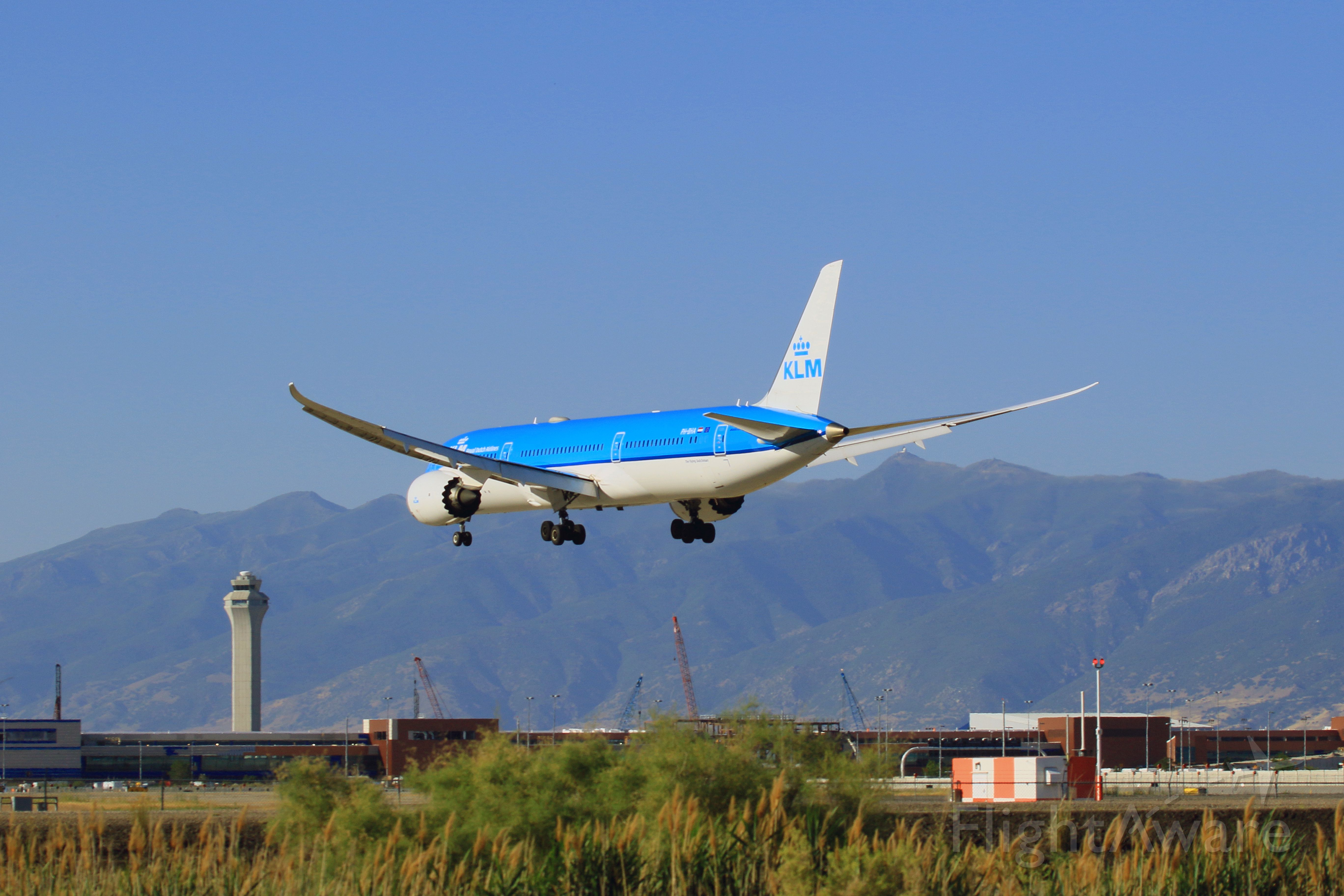 Boeing 787-8 (PH-BHA) - The view of the SLC tower & ongoing terminal/concourse redevelopment