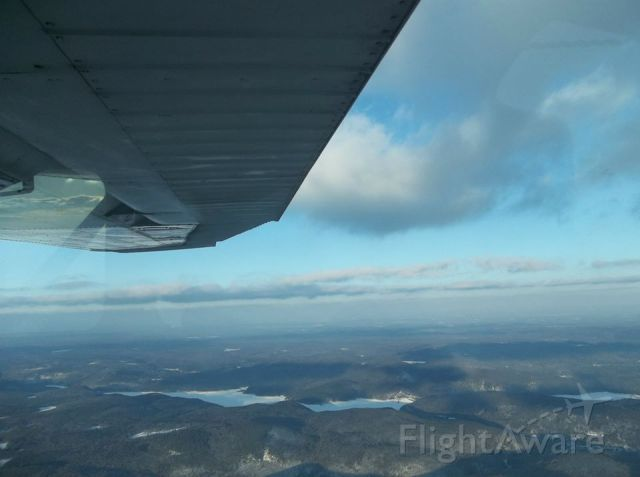 Cessna Skyhawk (N63835) - Flight from KHFD to 1B1 (Hartford, CT. to Columbia County, NY.