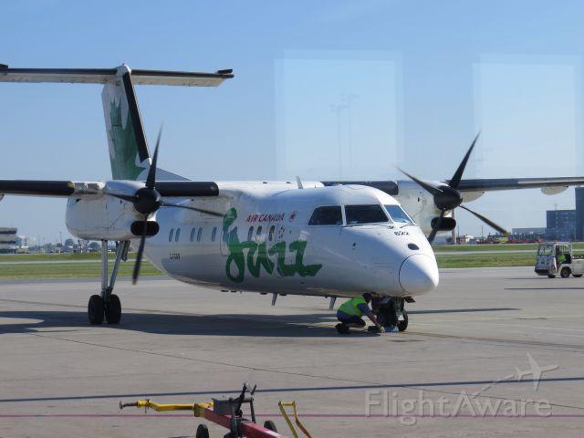 de Havilland Dash 8-100 (C-FGRP)