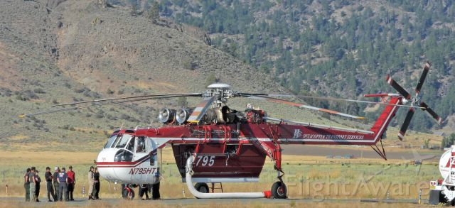"""Sikorsky CH-54 Tarhe (N795HT) - At the Portola Airport near the """"Walker Fire"""""""