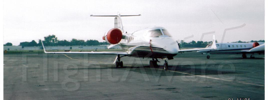 Learjet 60 (N263FX)