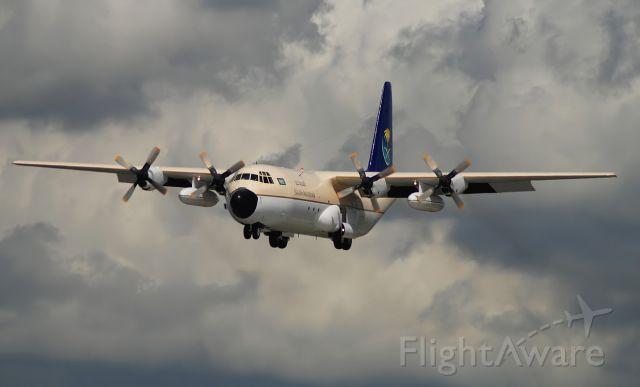 Lockheed C-130 Hercules (HZ129)