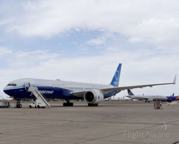 Boeing 777-200 (N779XW) - Getting ready to leave Roswell