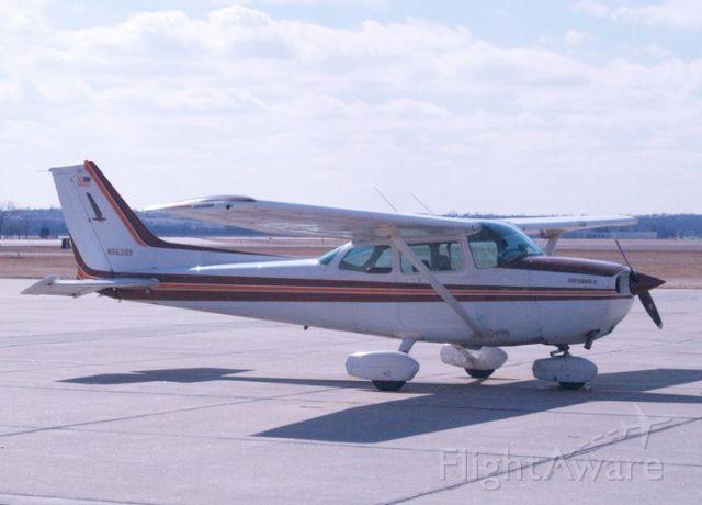 Cessna Skyhawk (N55299)