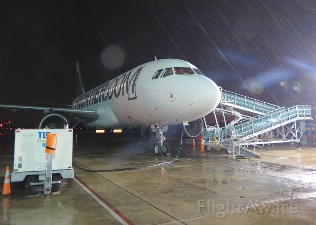 Airbus A319 (N954FR)