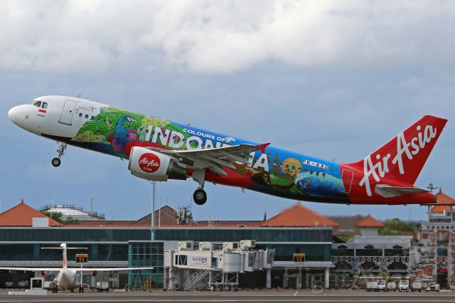 """Airbus A320 (PK-AXD) - """"Colours of Indonésia"""" livery"""