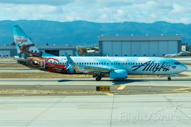 Boeing 737-800 (N570AS) - Alaska Airlines Cars/Disneyland livery jet getting ready to return to the PNW