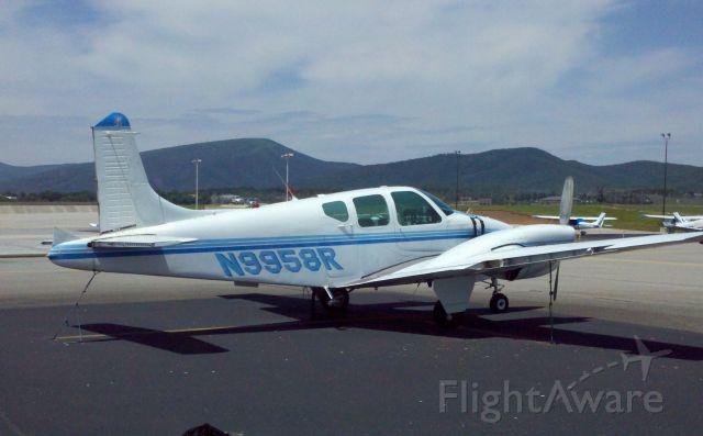 Beechcraft Travel Air (N9958R)