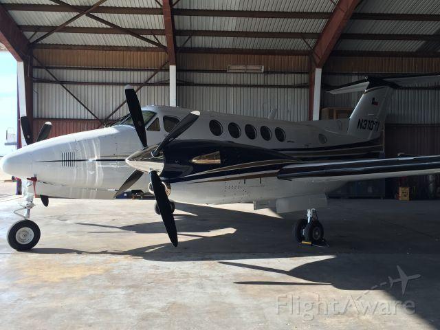 Beechcraft Super King Air 300 (N310TX)
