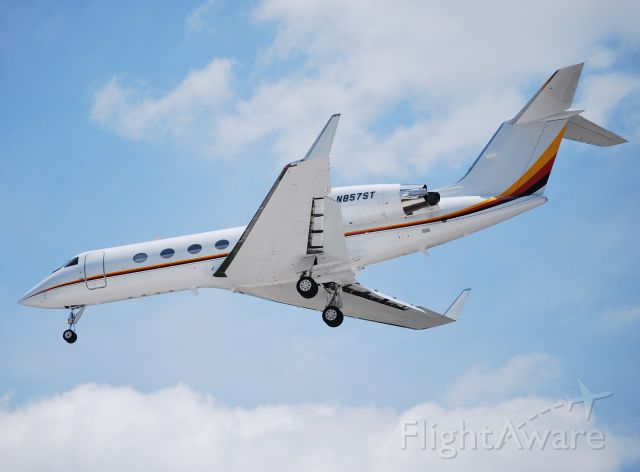 Gulfstream Aerospace Gulfstream IV (N857ST) - SEMINOLE TRIBE OF FLORIDA / Final for runway 2 at KJQF - 7/2/10