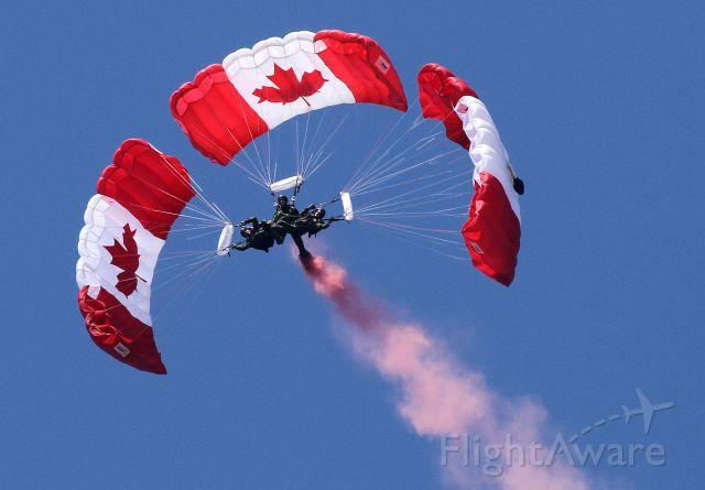 — — - SkyHawks Canadian Forces Parachute Team