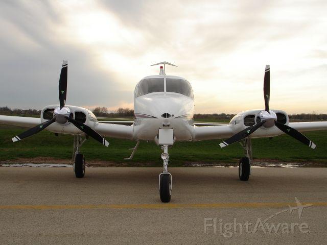 Cessna 310 (N30TN30T)
