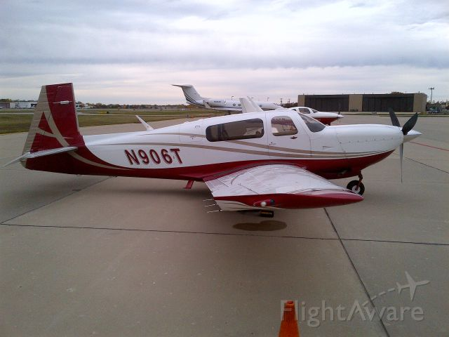 Mooney M-20 Turbo (N906T)