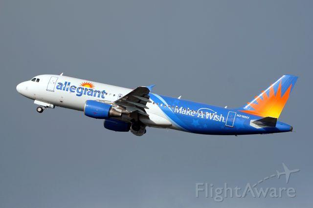 Airbus A320 (N218NV)