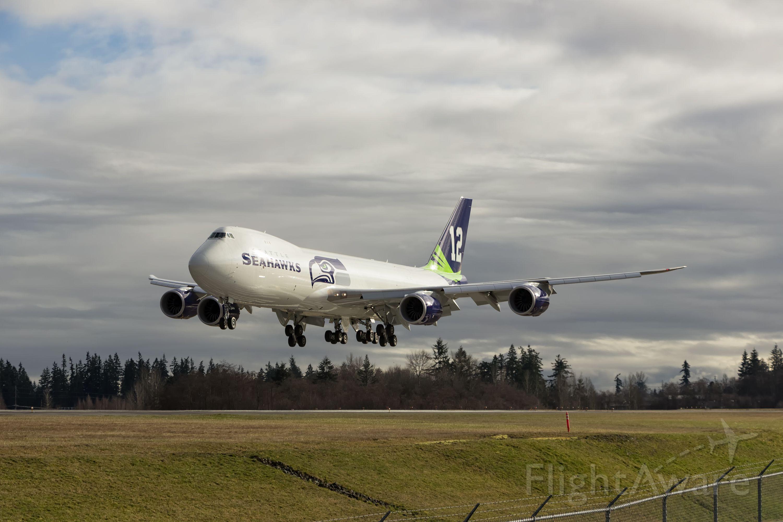 BOEING 747-8 (N770BA)