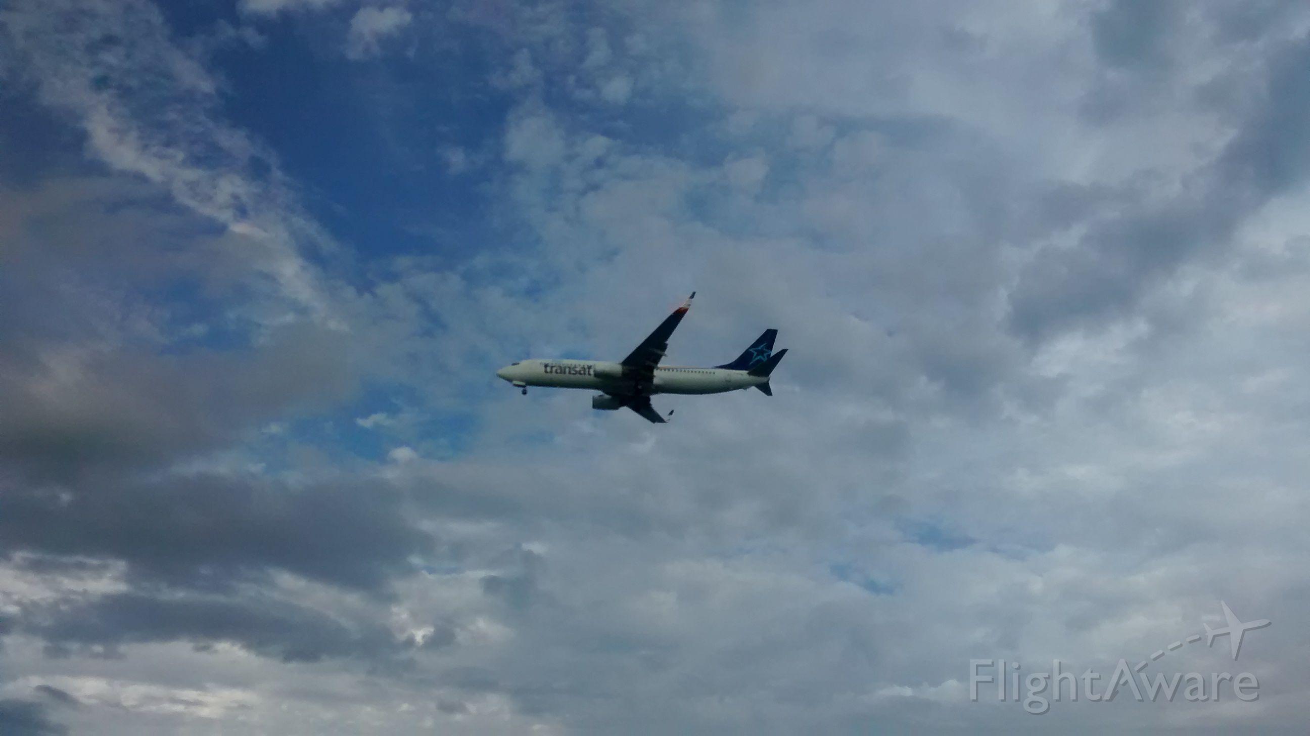 — — - landing at airport  scarlett martinez panama  rio hato