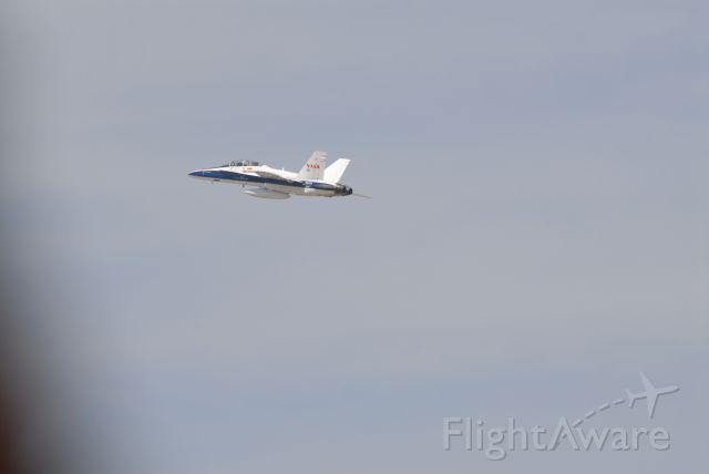 McDonnell Douglas FA-18 Hornet (N852NA)