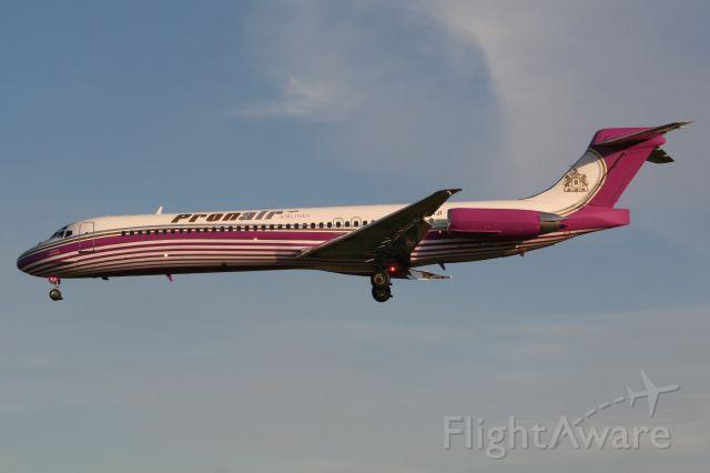 McDonnell Douglas MD-87 (EC-KJI)