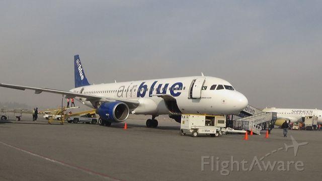 Airbus A320 (AP-EDA) - Airblue