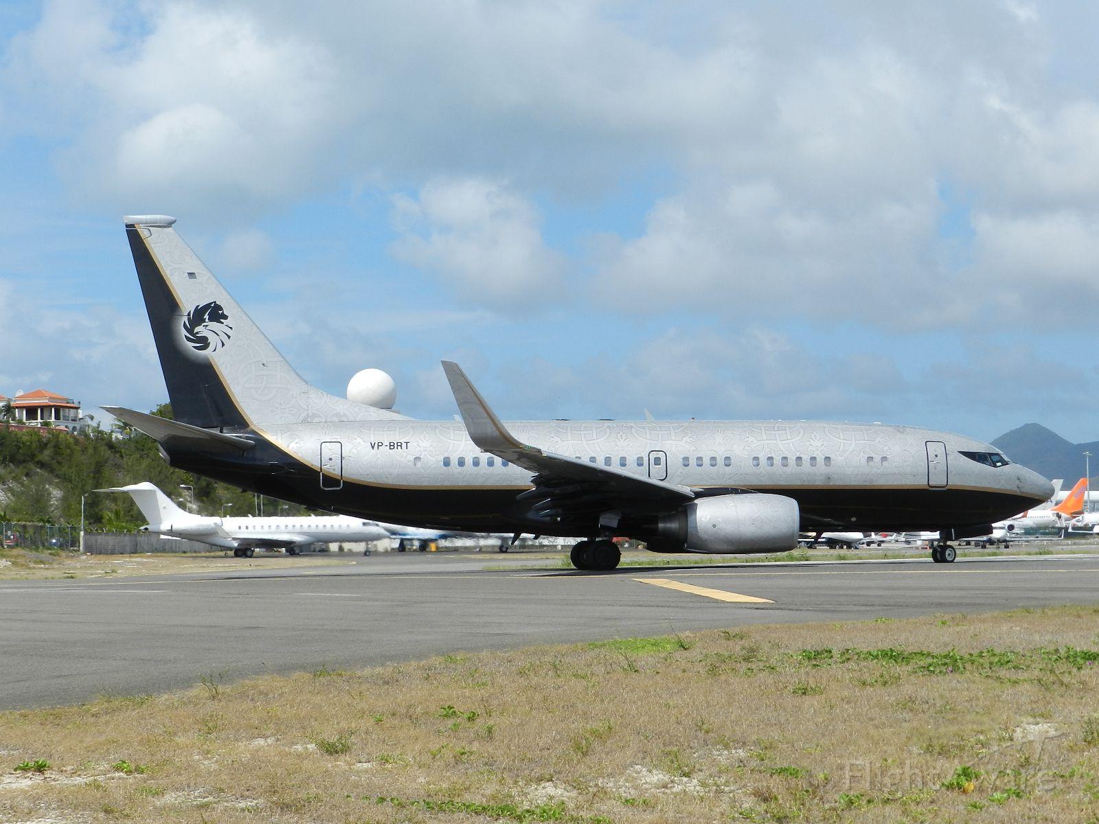Boeing 737-700 (VP-BRT)