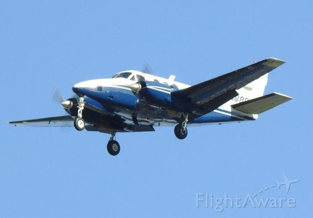 Beechcraft Queen Air (88) (N888JT)