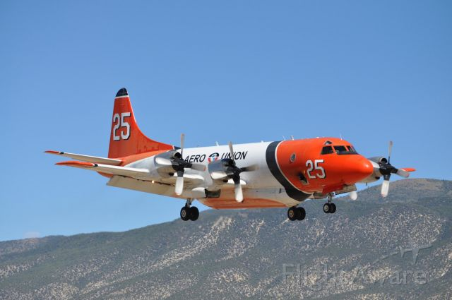 Lockheed P-3 Orion (N925AU) - Aero Union Tanker 25 on a short final for runway 20. Fighting the Twitchell Canyon Fire,