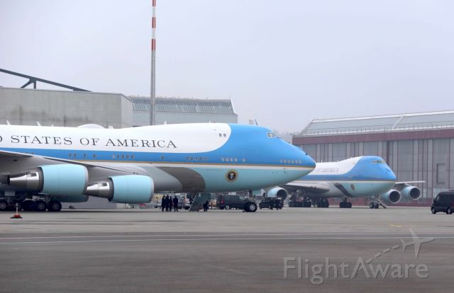 Boeing 747-200 (N28000) - Both Air Force One in Switzerland 22.01.2020 - very special