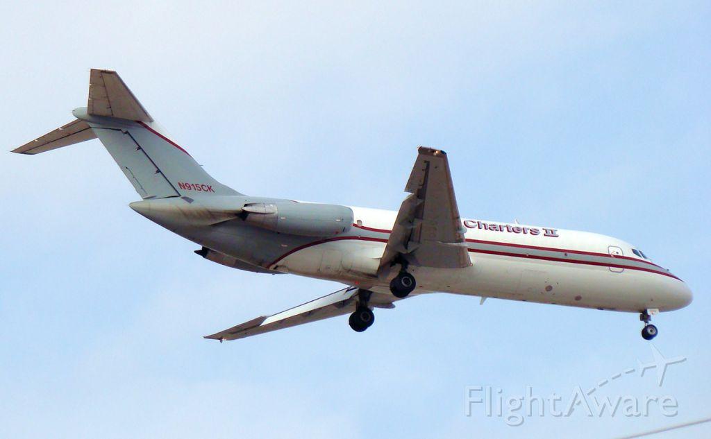 Douglas DC-9-10 (N915CK)