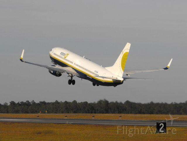 Boeing 737-800 (N739MA) - Miami Air 737-800 departing RWY 36