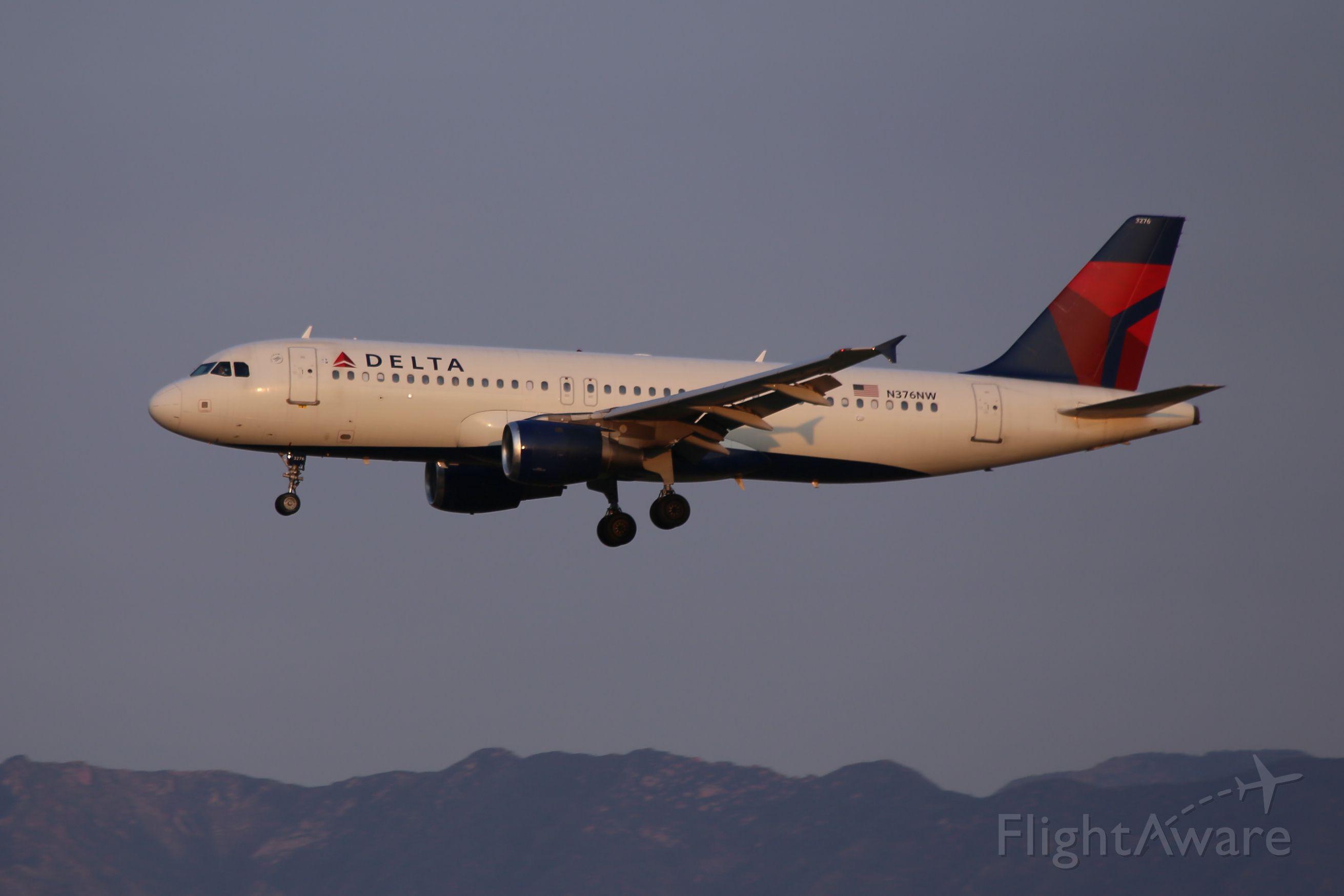 Airbus A320 (N376NW) - 12 Sep 15