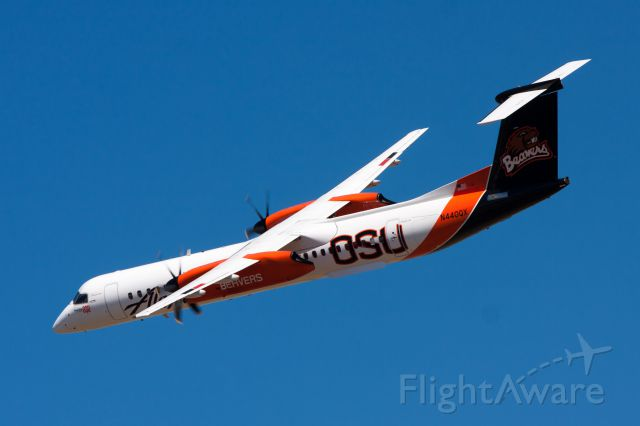 de Havilland Dash 8-400 (N440QX) - The OSU Beavers Q400 at the Hillsboro Airshow.