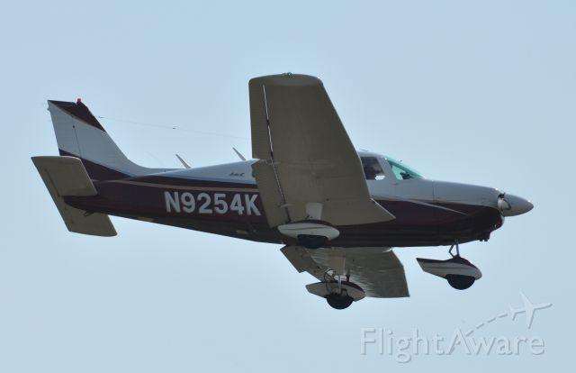 Piper Cherokee (N9254K)