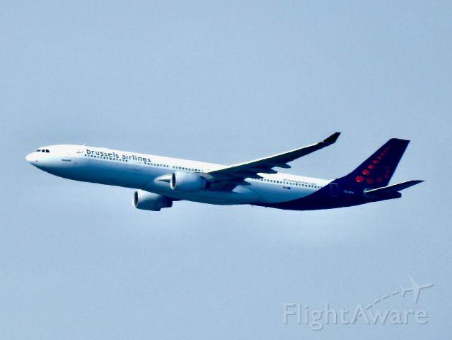 Airbus A330-300 (OO-SFW) - BEL501 BRU-JFK