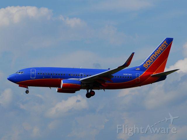 Boeing 737-700 (N287WN)