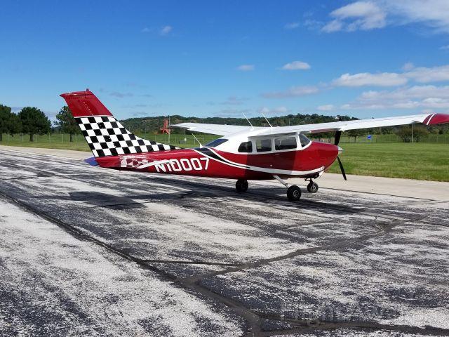 Cessna Centurion (N10007)