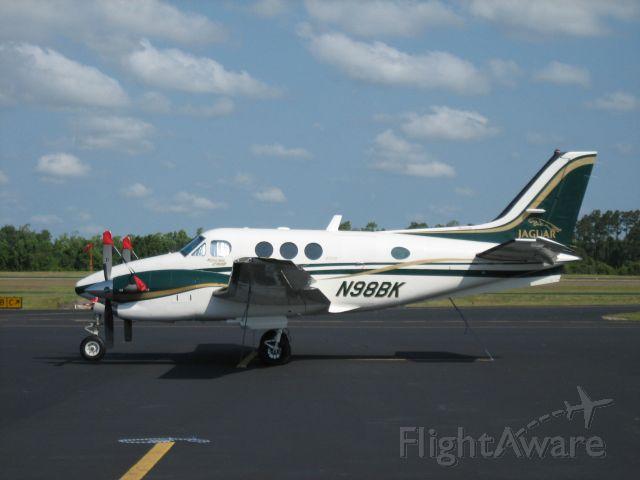 Beechcraft King Air 90 (N98BK)