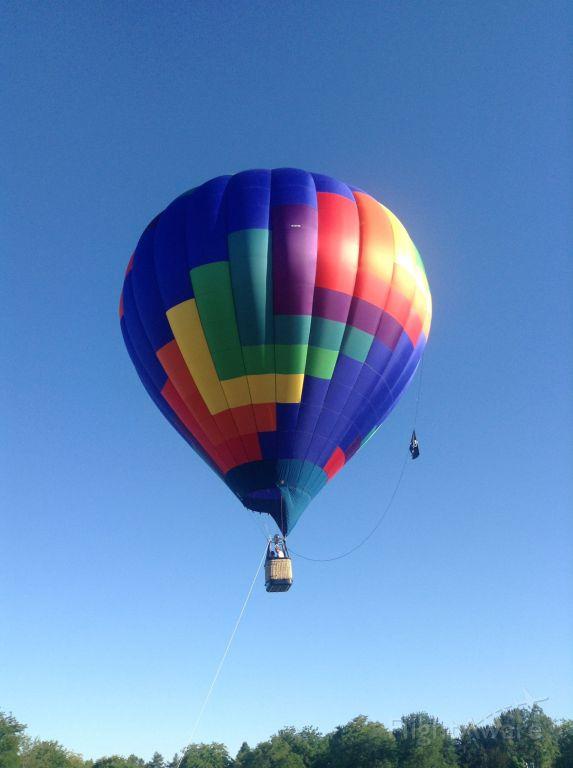 Unknown/Generic Balloon (N3015K) - Ann Morrison Park, Boise ID.  August 31, 2013.