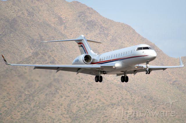 Bombardier Global 5000 (N445DB)