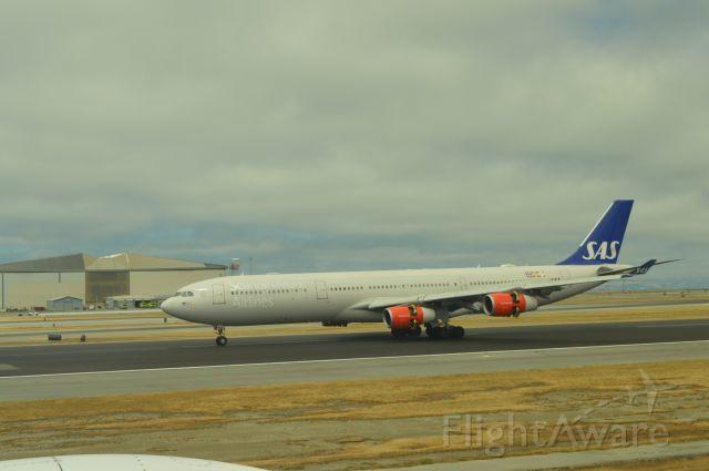 Airbus A340-300 (OY-KBC)