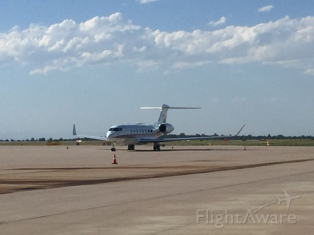 Gulfstream Aerospace Gulfstream G650 (N100A) - This G650 out on the ramp waiting to go somewhere