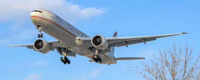 BOEING 777-300ER (A6-ETJ) - Etihad 77W A6-ETJ