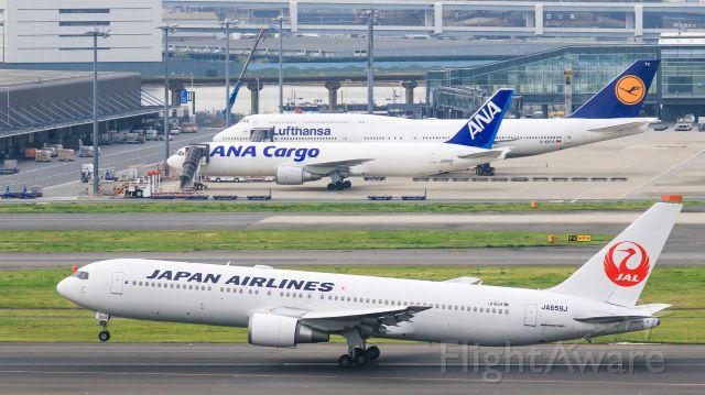 BOEING 767-300 (JA659J) - Japan Airlines / Boeing 767-346/ER<br />Apr.06.2016 Tokyo International Airport [HND/RJTT] JAPAN