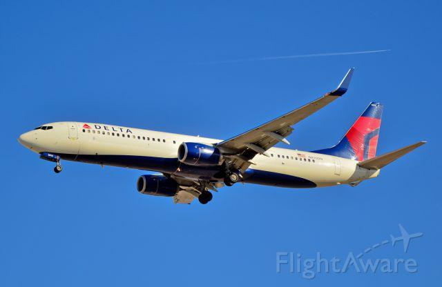Boeing 737-900 (N810DN) - N810DN Delta Air Lines 2013 Boeing 737-932(ER) c/n 31922 / In 4708 - Las Vegas - McCarran International Airport (LAS / KLAS)<br />USA - Nevada March 25, 2015<br />Photo: Tomás Del Coro