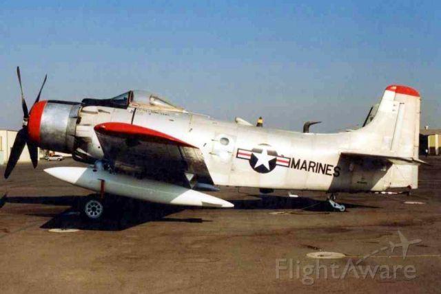 Douglas AD Skyraider (12-6867)