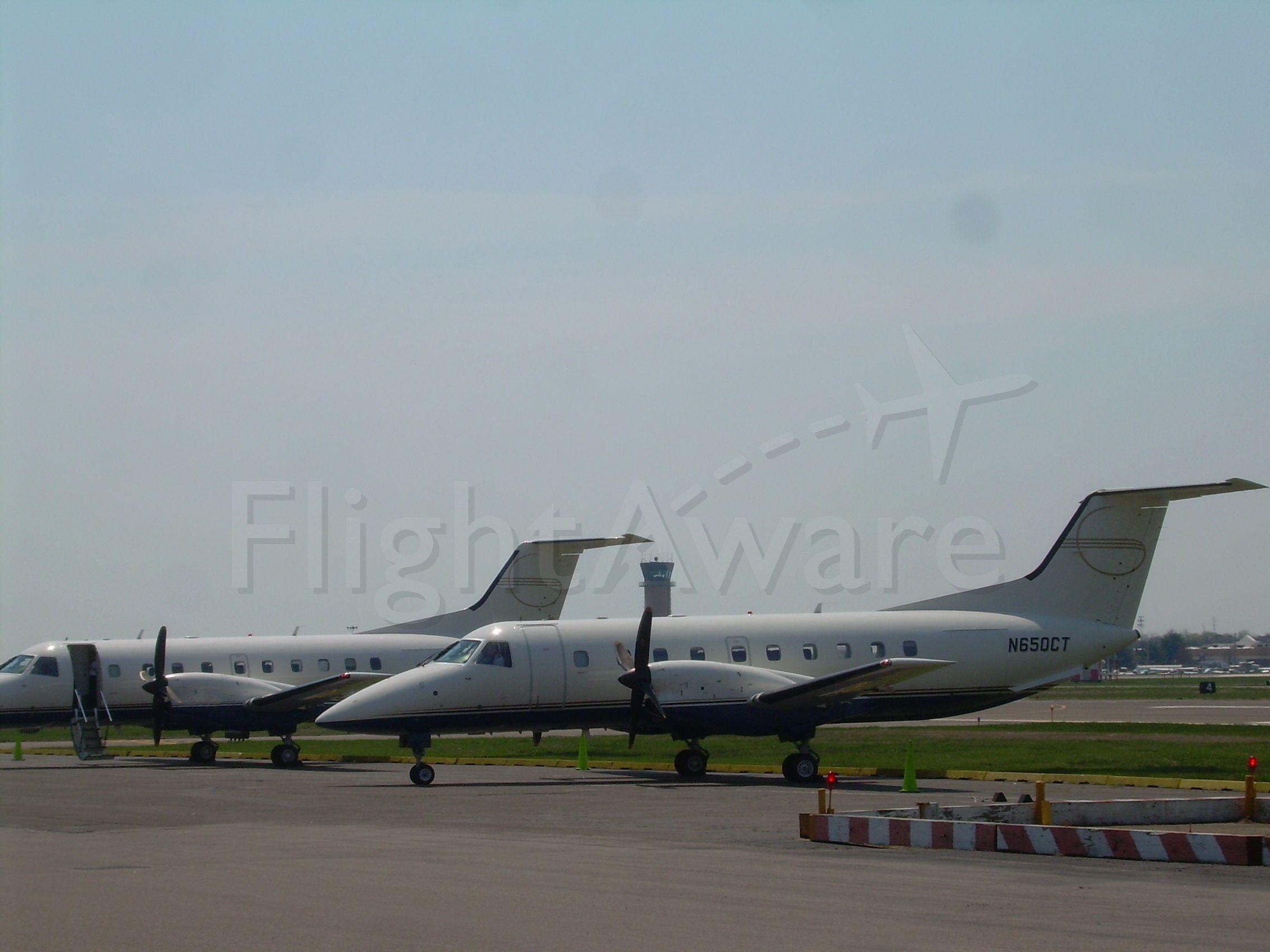 Embraer EMB-120 Brasilia (N650CT)